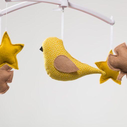mobile oiseau jaune pouce et lina
